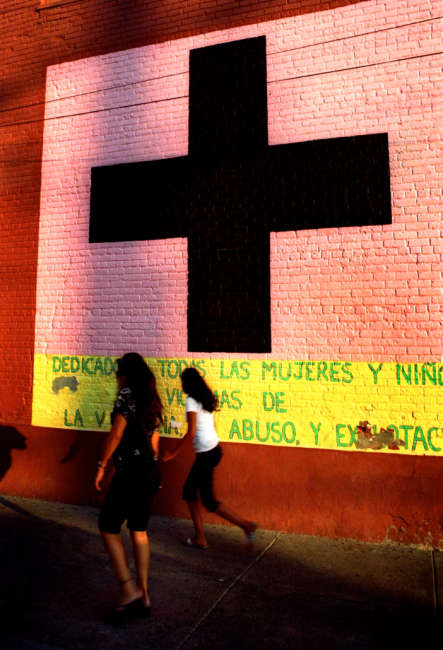 El Paso, U.S./Mexico border, Disappeared women in Mexico, Violence against women, Summer, Mural art